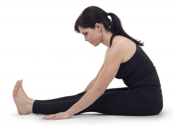 how to do hamstring stretches
